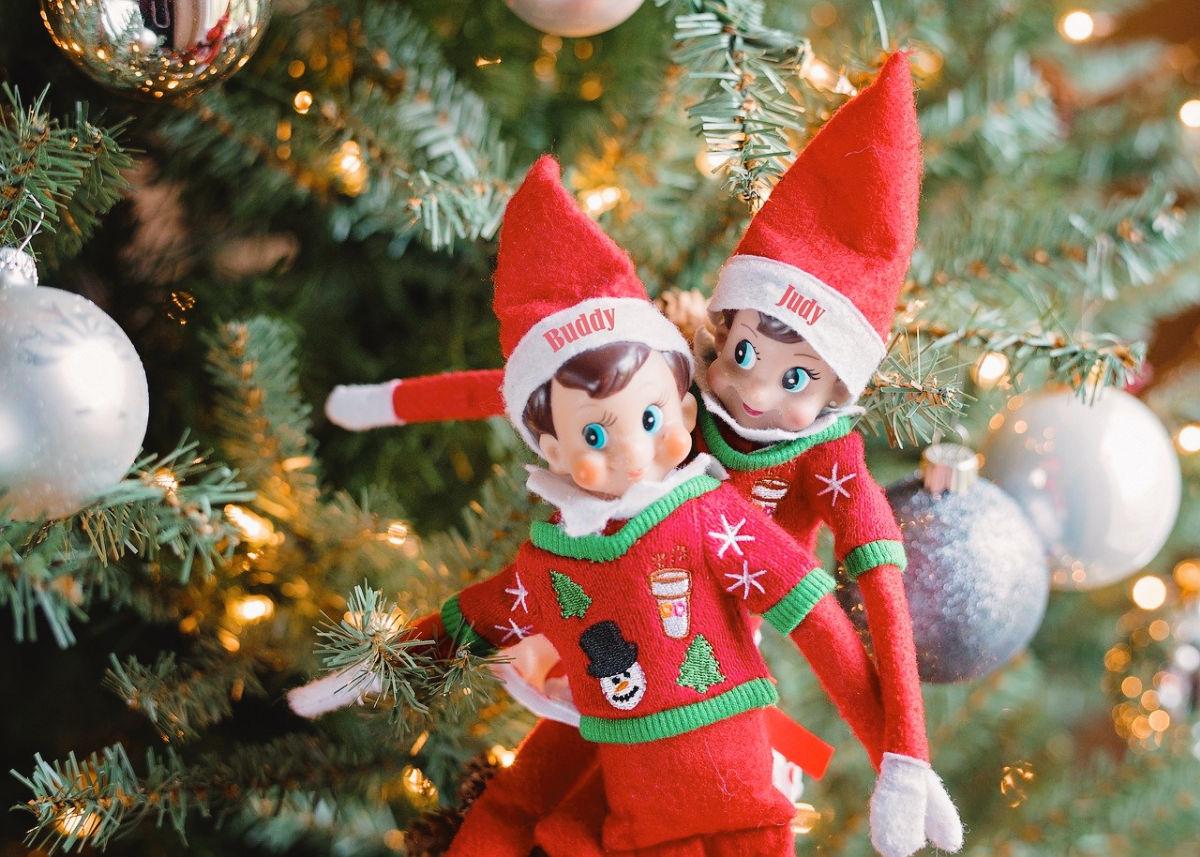 Holiday family Traditions Elf on a shelf SAGA
