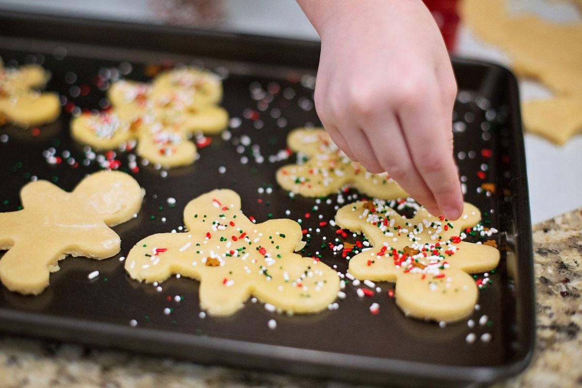 bake sugar cookies family beach holiday traditions SAGA